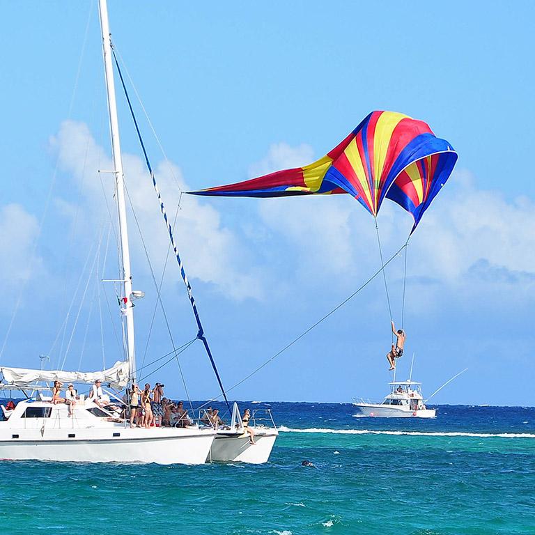 Sunset World – Experiences – Sunset Admiral   Isla Mujeres