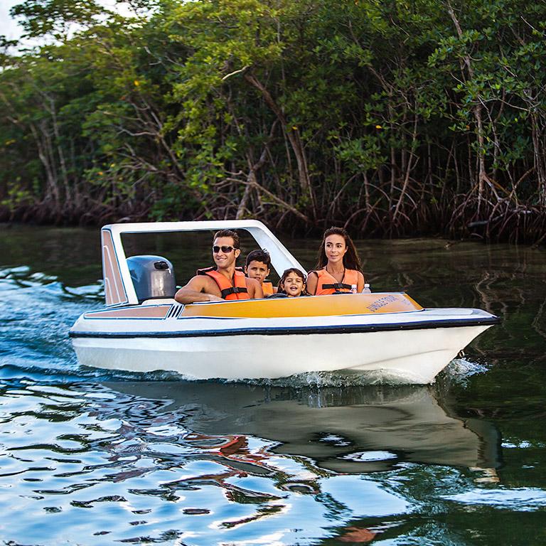 Sunset World – Experiences – Sunset Admiral | Speedboat